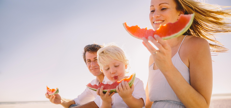 14 formas de criar a un niño con hábitos alimenticios saludables